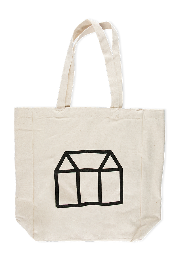 A tote bag made with organic brushed cotton. Inner pockets help stop your favourites from clanking in the bag.