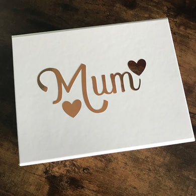 Mum White Keepsake Gift Box (With Five Bath Bombs)