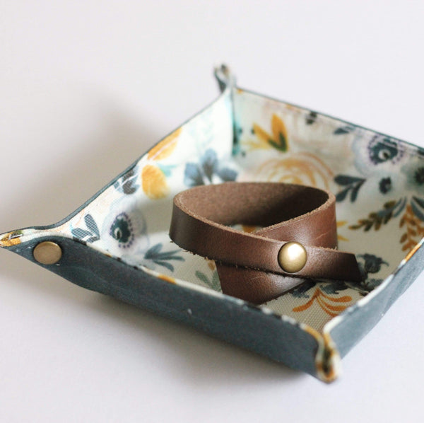 Inner Beauty Effects Accessories Trinket Tray waxed canvas