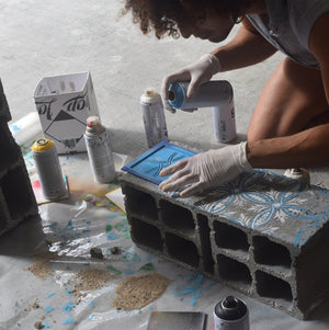 DIY - Stencil with spray on concrete block // Product: Stencil Set Pattern - Azulejos de Lisboa --- Urban Editions - Frame Games