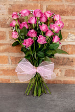 Load image into Gallery viewer, pink rose bouquet