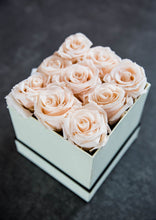Load image into Gallery viewer, Honey Forever Roses