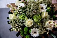 Load image into Gallery viewer, Olivia Premium Bouquet
