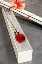 Load image into Gallery viewer, single red rose in a box