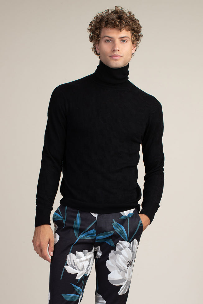 WILSON TURTLENECK