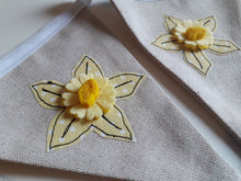 Load image into Gallery viewer, Welsh Collection Daffodil Bunting