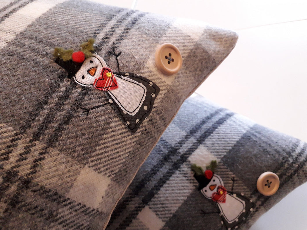 Snow Lady Cushion