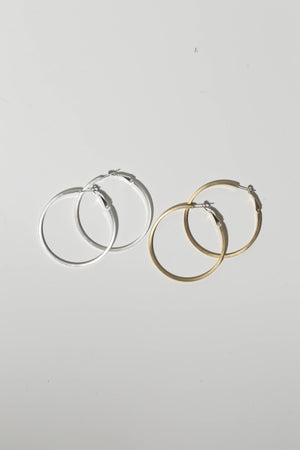 accessories, earrings, gold hoops, silver hoops, trendy, cute girls, teenagers, teens