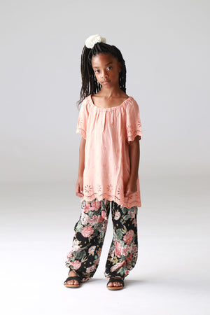 coral, girls, tweens, tops, boutique, trendy, fashionable, stylish, cute clothing for girls