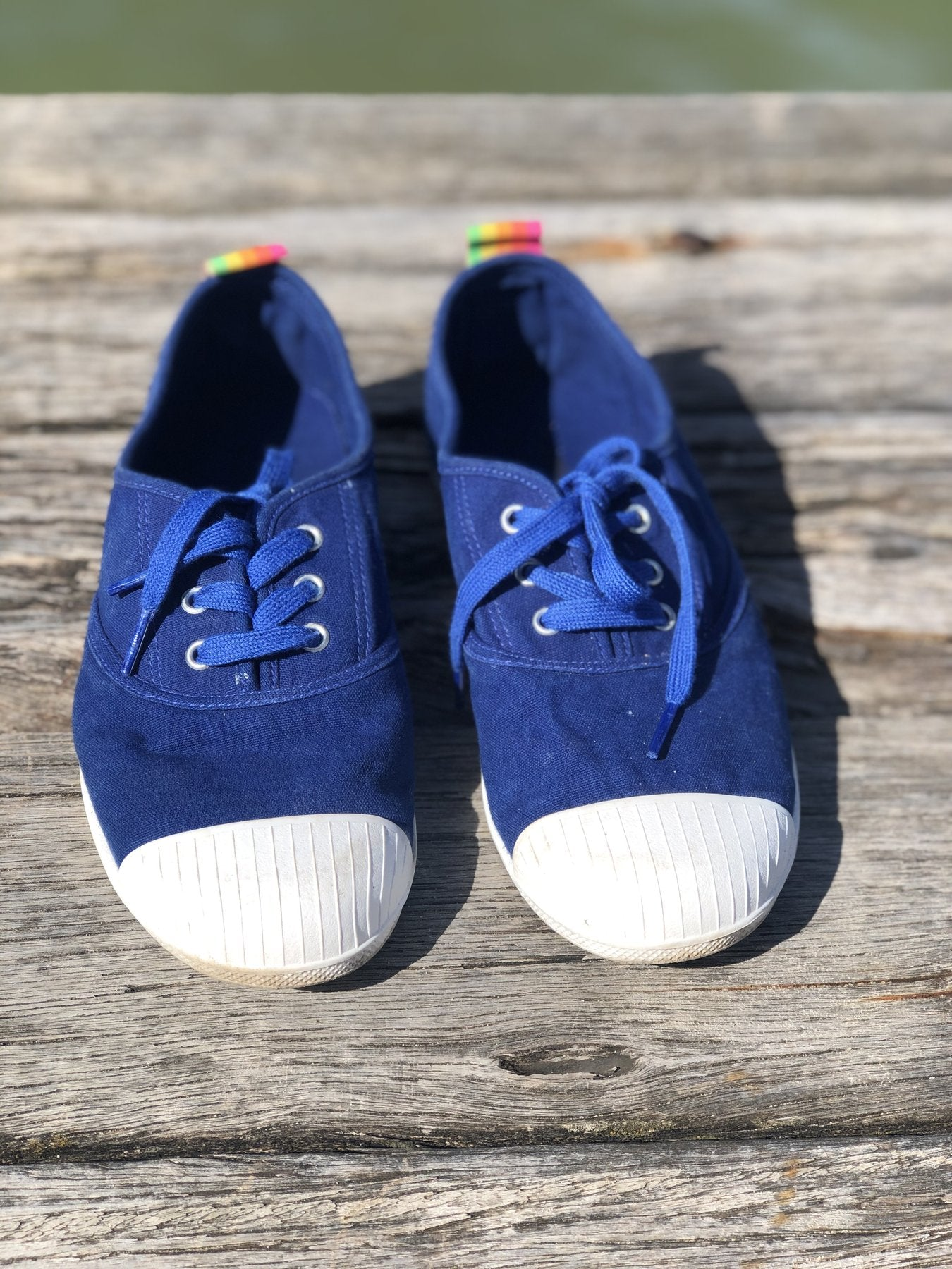 HAMMILL & CO Washed Canvas Sneaker - BLUE