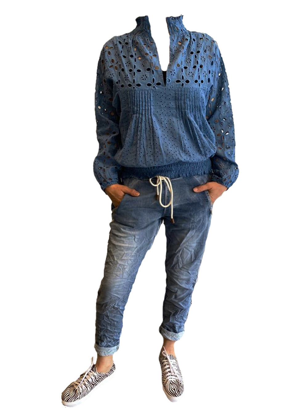 INZAGI Broderie Blouse - Blue