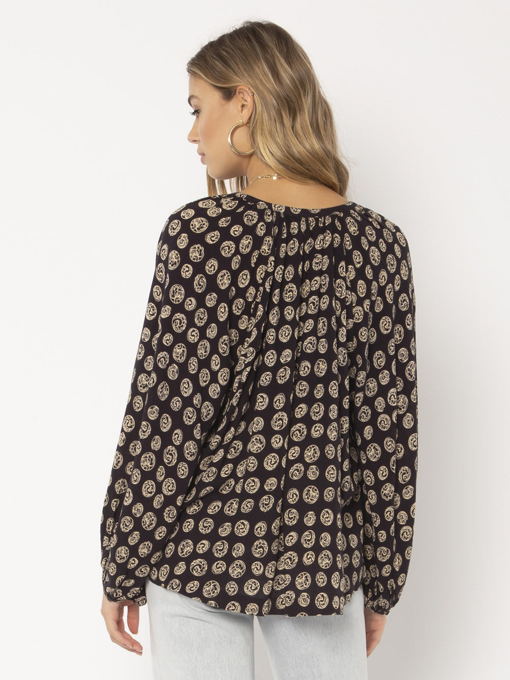 AMUSE SOCIETY Charmer Long Sleeve Woven Blouse - Black
