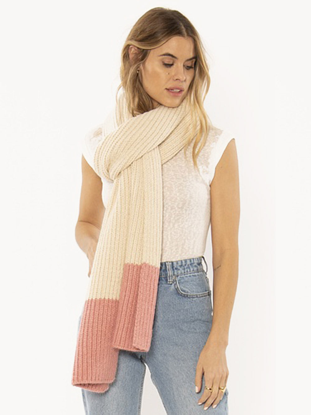 AMUSE SOCIETY Cozy Up Scarf