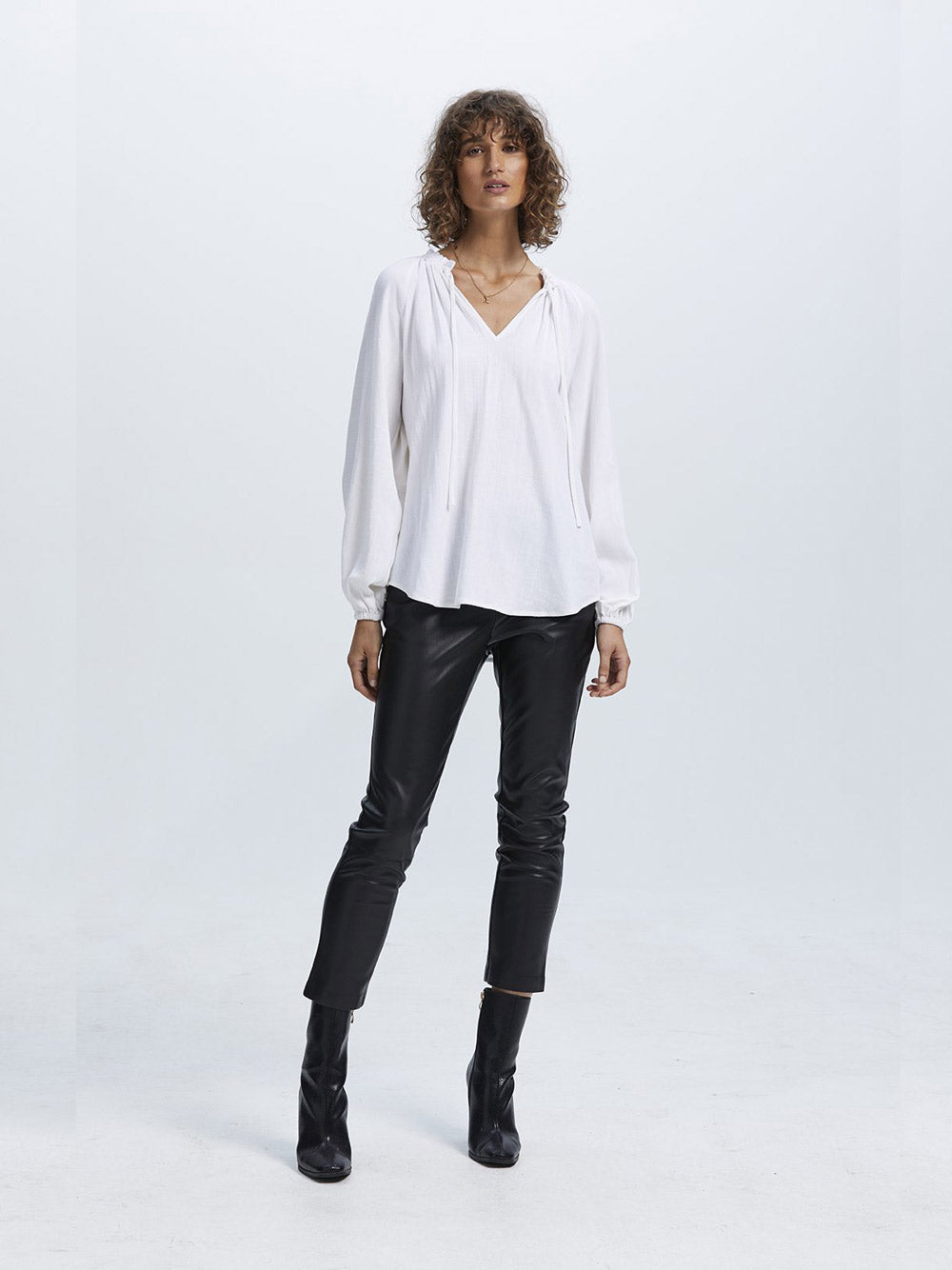 STAPLE THE LABEL Eternity Smock Blouse