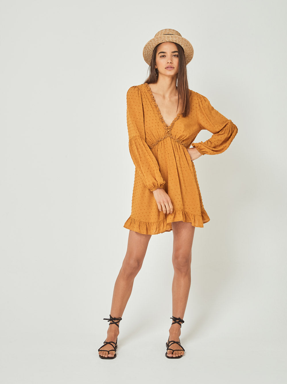 AUGUSTE Dunes Sleeved Mini Dress