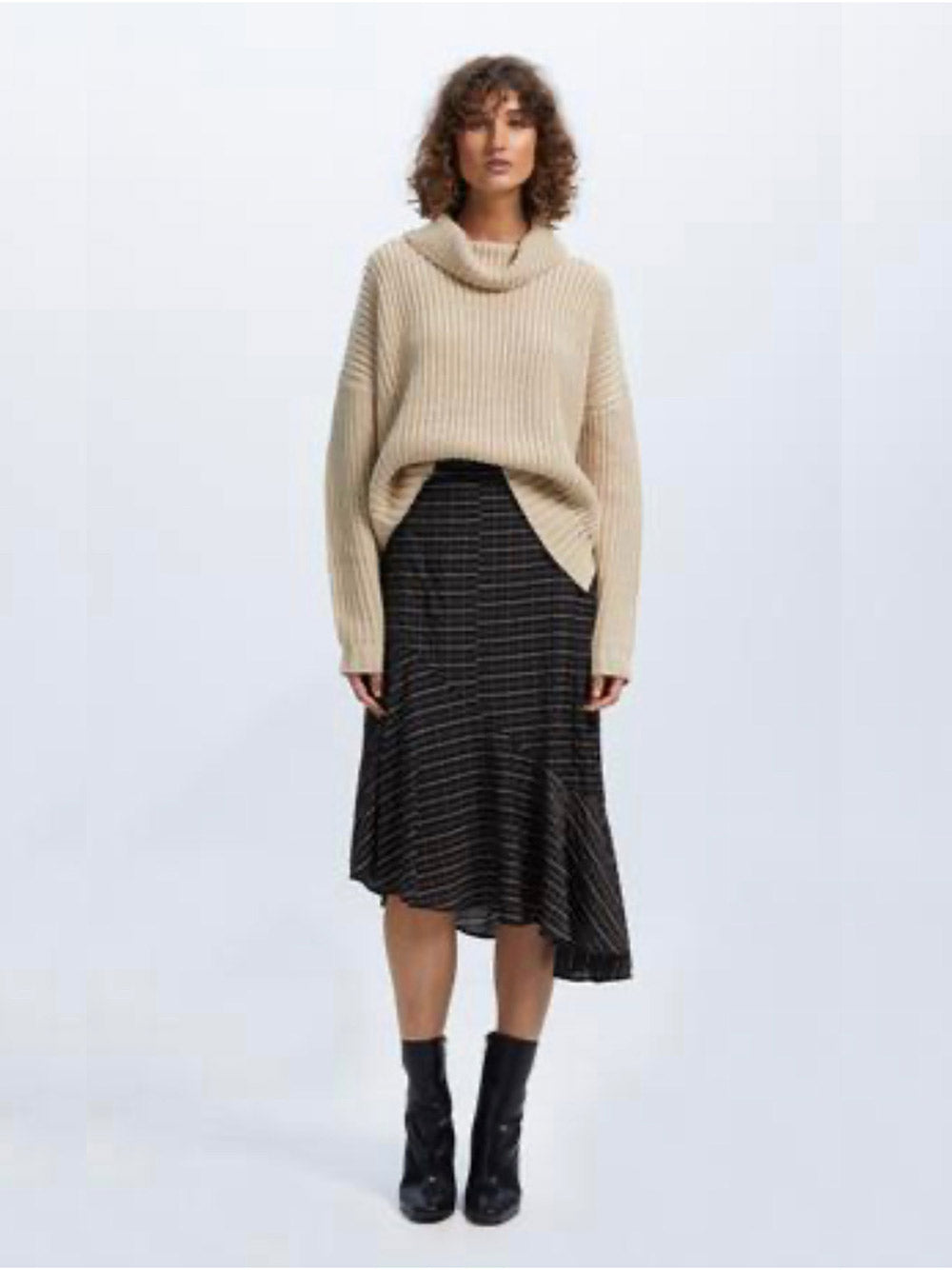 STAPLE THE LABEL Chances Roll Neck Knit