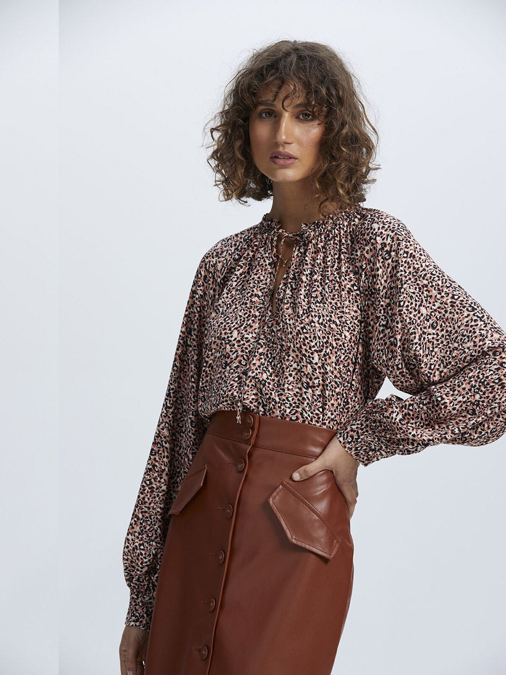 STAPLE THE LABEL Zeta Smock Blouse