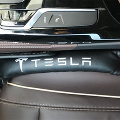 Tesla Car Seat Gap Filler