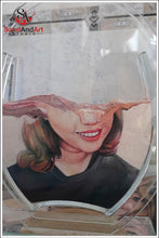 "Load image into Gallery viewer, Custom Sand Portrait from Photo into Glass Vase by Sand 7.0""x9.8"" -FREE SHIPPING"