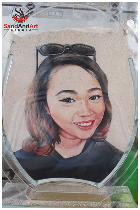 Custom Sand Portrait from Photo into Glass Vase by Sand 7.0