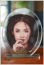 "Load image into Gallery viewer, Your Photo Into Glass Vase by Sand  9.8"" x 11.8""  -FREE SHIPPING"