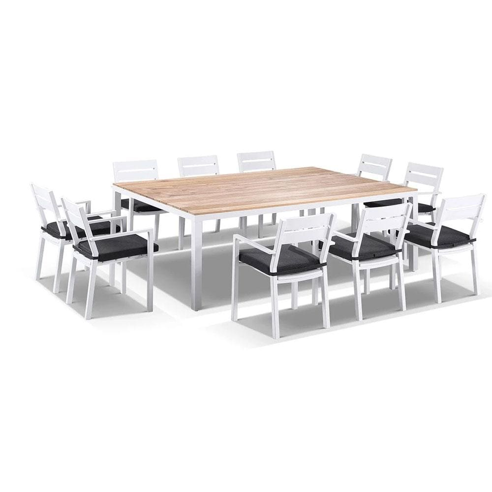 Tuscany 10 Seat With Capri Chairs in White