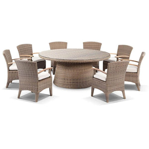 Plantation 8 with Kai chairs