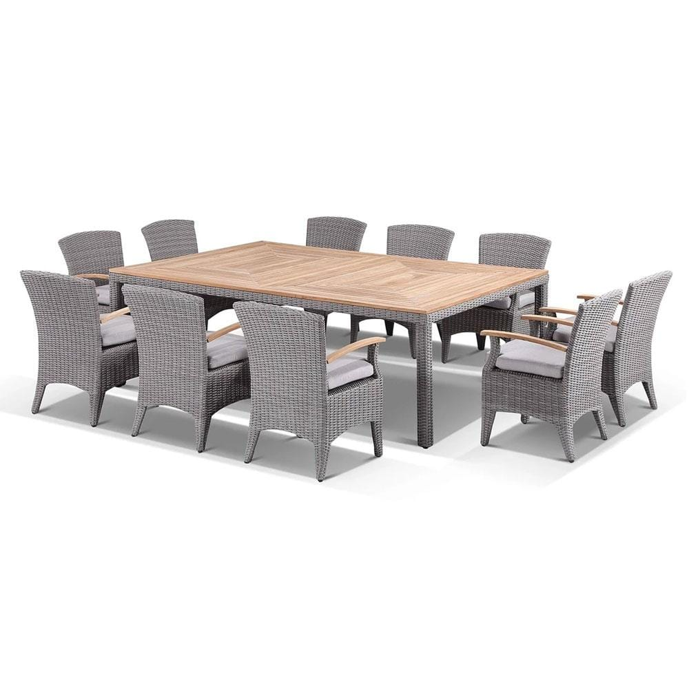 Sahara 10 Seat with Kai chairs in Half Round wicker