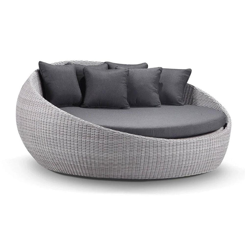 Large Newport - Wicker Outdoor Daybed Without Canopy