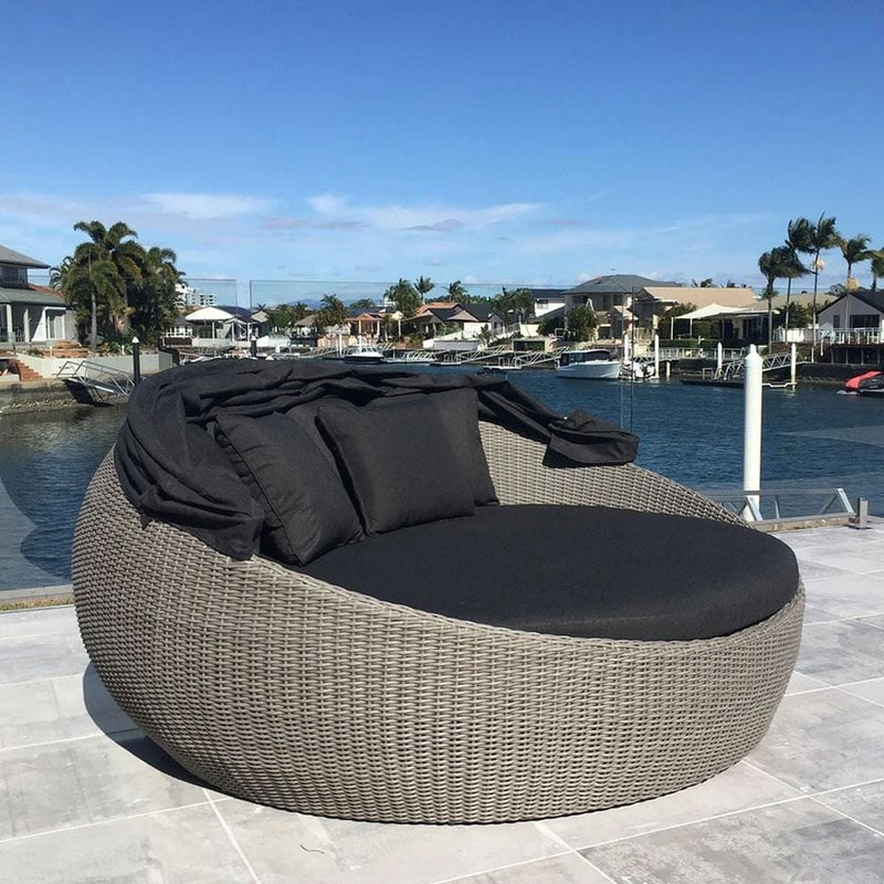 LARGE NEWPORT Day Bed with Canopy