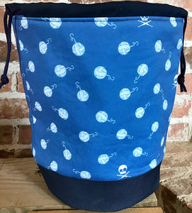 "Large Yarn Bag W/Divider - ""Skull and Yarn Balls"""