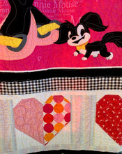 "Load image into Gallery viewer, Quilt - ""Minnie"""