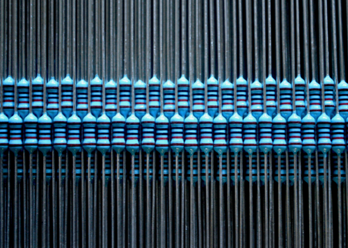 Rows of electronic resistors for speakers