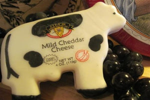 Novelty - Large Wax Cow (Mild Cheddar)