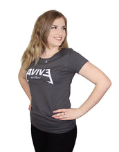 Laden Sie das Bild in den Galerie-Viewer, Avive T-Shirt (Heavy Metal-Logo)