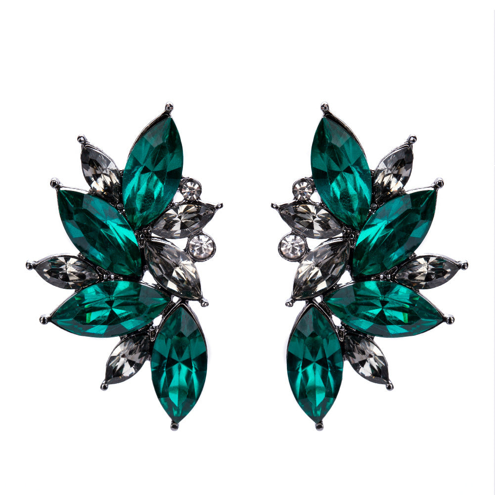 NIRUMON Actylic Diamonds Inlaid Fan Designed Statement Earrings - NIRUMON