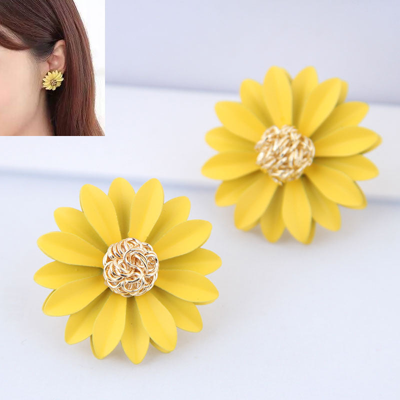 NIRUMON Flower Design Alloy Yellow Fashion Earrings - NIRUMON