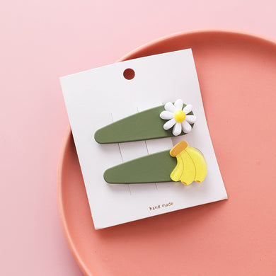 NIRUMON White Flower & Banana Inlaid Sweet Color Hair Clip - NIRUMON