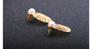 NIRUMON Pearl Stud Honeycomb Design Golden Statement Earrings