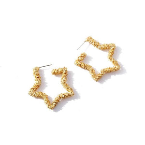NIRUMON Coarse Texture Star Golden Statement Earrings