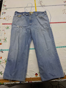 Men's 44x27 Old Navy Distressed Jeans