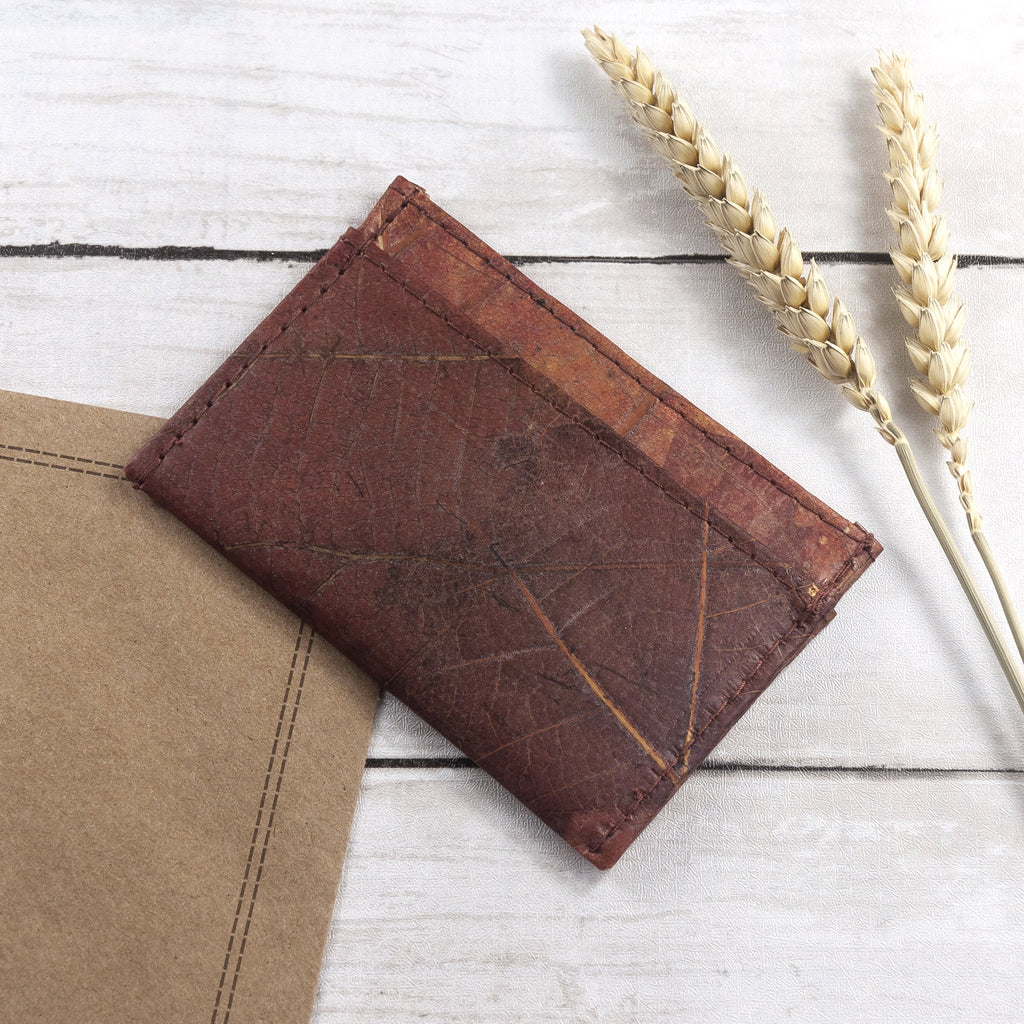 Cardholder in Leaf Leather - Chestnut Brown