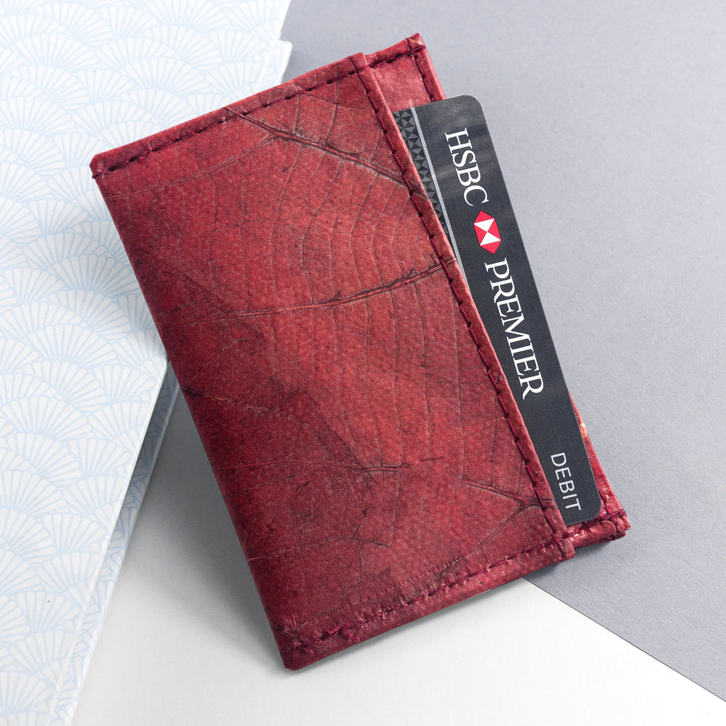 Cardholder in Leaf Leather - Berry Red