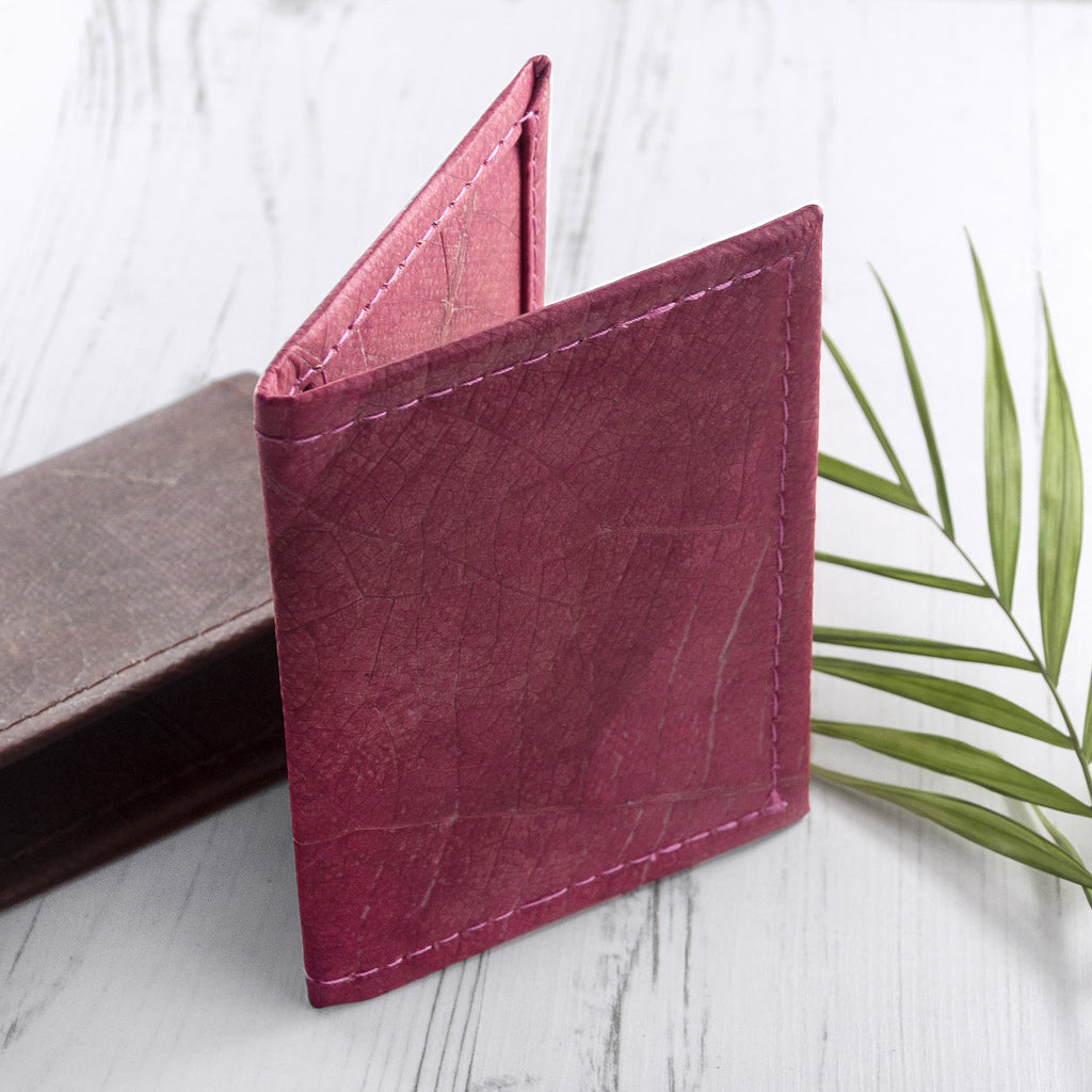 Bifold Cardholder in Leaf Leather - Pink Coral