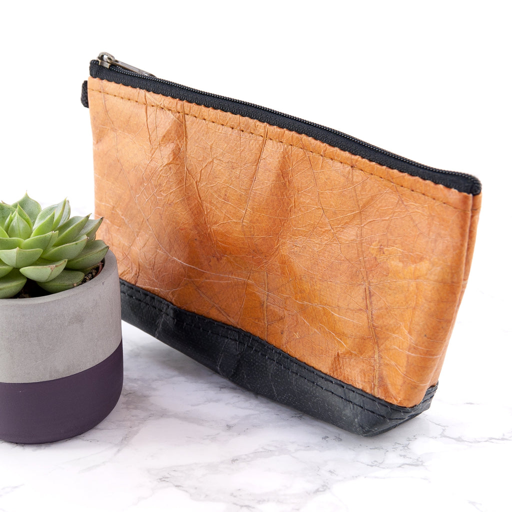 Riverside Wash Bag in Leaf Leather - Cinnamon Orange
