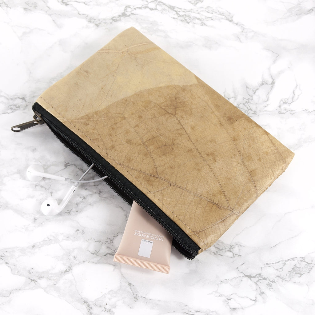 Small Clutch Bag in Leaf Leather - Natural