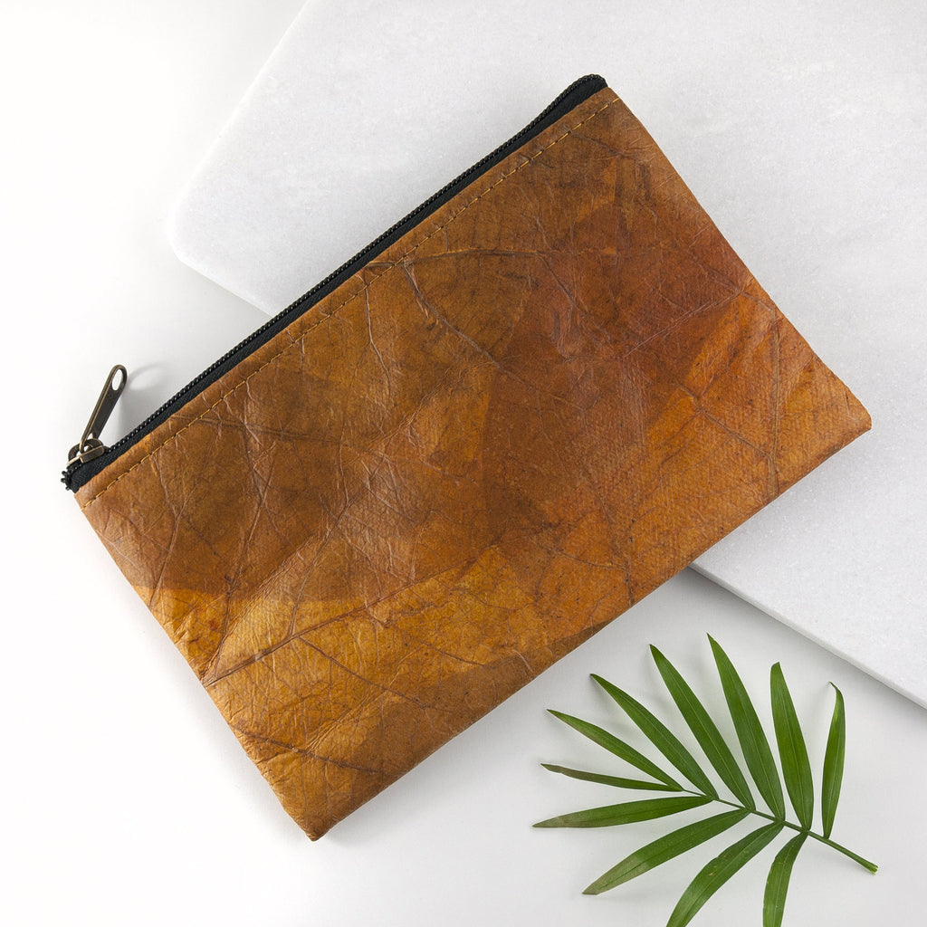 Small Clutch Bag in Leaf Leather - Cinnamon Orange