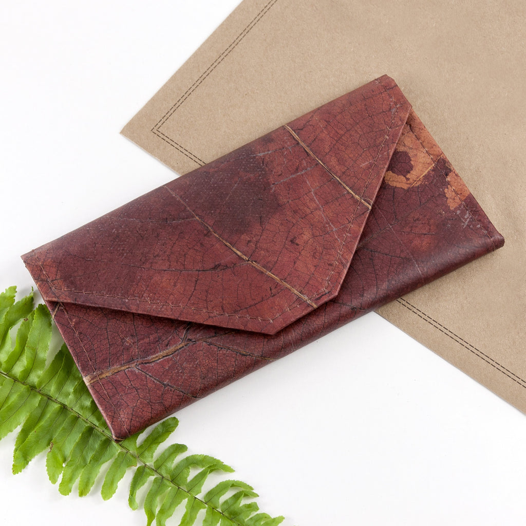 Ladies Continental Wallet in Leaf Leather - Chestnut Brown