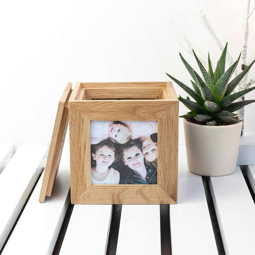 Personalised Wreath Mother's Day Oak Photo Cube - treat-republic