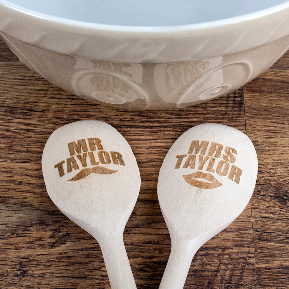 Mr & Mrs Wooden Spoons - treat-republic